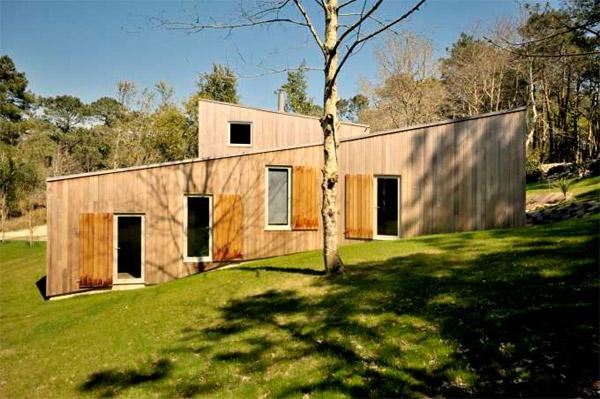 Maison bois vue de côté - Michel Grignou architecte
